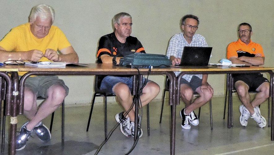 De gauche à droite : Alain Lagniel, trésorier. Daniel Fabre, secrétaire. Jérôme Rougié, président. Francis Bonnet, coprésident.