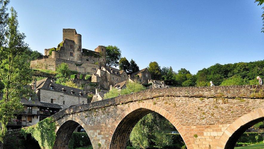 Les fondations du fort du roc d'Anglars, nommé aussi fort du Lourdou, datent d'il y a un peu plus de 1 500 ans.