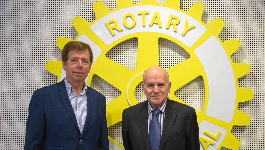 Joël Tixier (à droite) a remplacé Serge Clamagirand.