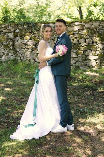 Les jeunes mariés.