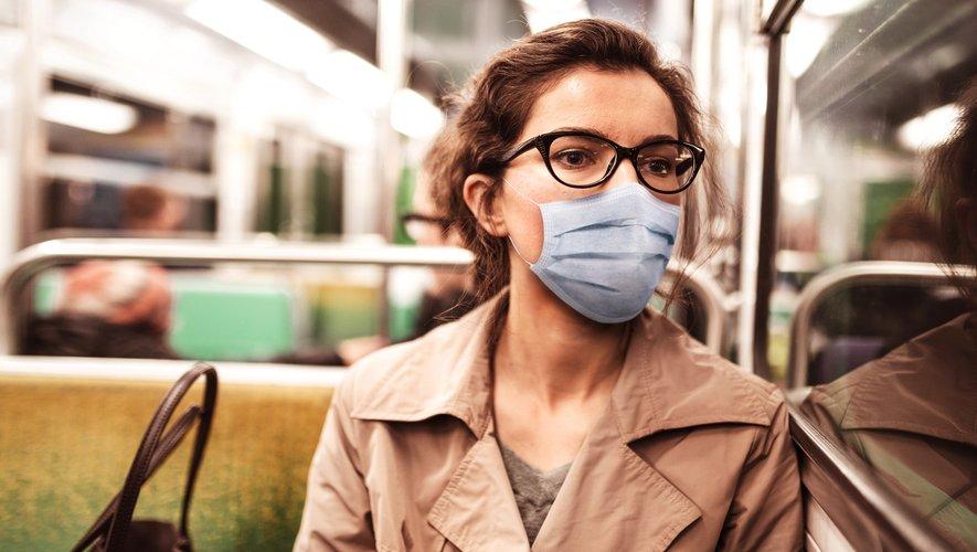 """La pandémie de coronavirus aura un impact """"à long terme"""" sur la santé mentale des populations, a averti jeudi l'OMS."""