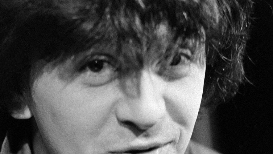 Jean-Yves Lafesse, réputé pour ses canulars téléphoniques, est décédé jeudi à Vannes à l'âge de 64 ans.
