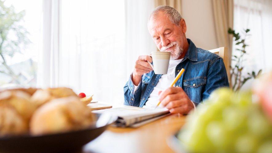 Pour repousser la maladie d'Alzheimer, lisez, écrivez, jouez…