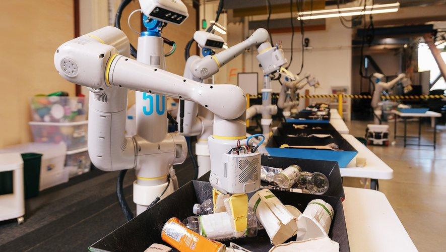 Alphabet lance un projet de robot industriel et une nouvelle entreprise : Intrinsic