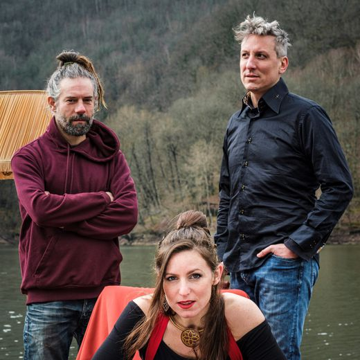 Le trio La Beluga avec Céline Mistral, Frédéric Montels et Franck Lepagnol.