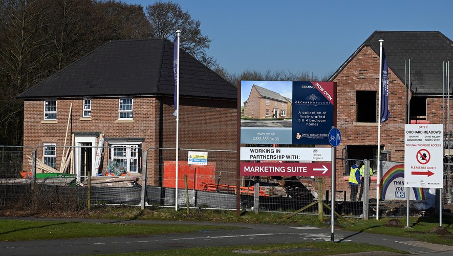 Le prix des maisons au Royaume-Uni a augmenté de 30% depuis le précédent pic de marché en 2007, avant la crise financière, et de 5,4% en un an.