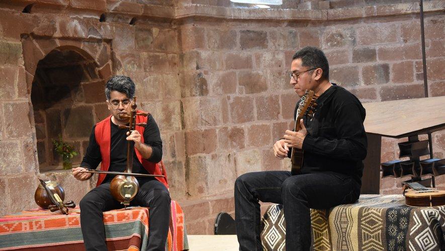 Le duo Perse-Inca enchante l'église de Perse