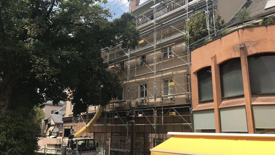 L'immeuble de la Maison du livre, rue Cusset, en travaux.