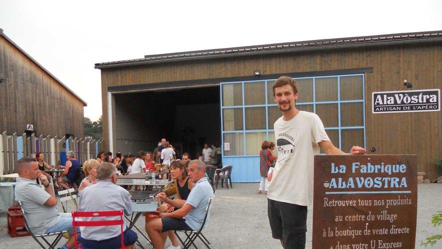 Sylvain a accueilli ses visiteurs dans son nouvel atelier.