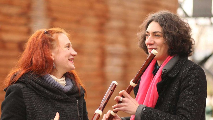 Claire Marchal et Élodie Frieh.
