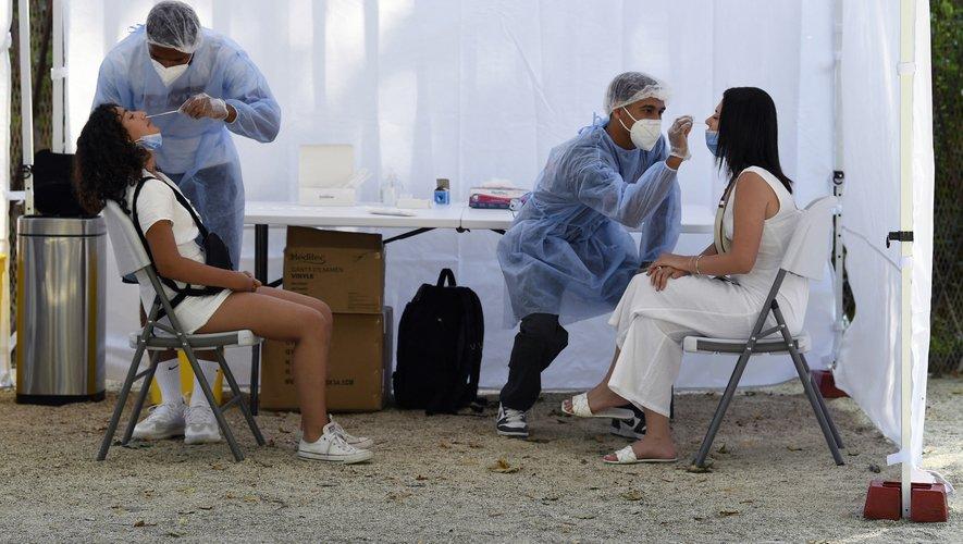 Le nombre de tests de dépistage du Covid-19 a grimpé de 50% la semaine dernière.