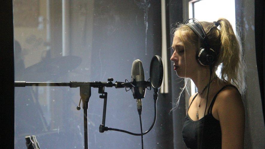"""Au Studio d'Onet-le-Château pour l'enregistrement de leur album """"DIfférences""""."""
