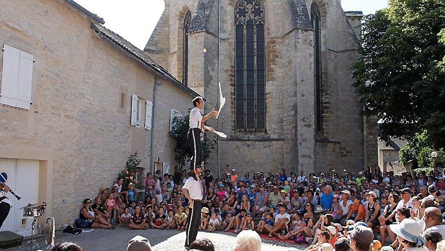2  AOÛTLa Bastide-l'Evêque (journée)et Saint-Salvadou (soirée)3  AOÛTRieupeyroux (journée et soirée)4  AOÛTNajac  (journée et soirée)5  AOÛTVilleneuve d'Aveyron et Sauveterre-de-Rouergue (journée), Villefranche-de-Rouergue (soirée)6-7 AOÛT  Villefranche-de-Rouergue  (journée et soirée)