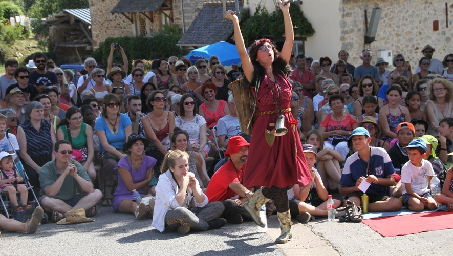 Les arts de la rue sont à l'honneur pendant six jours avec le Festival en Bastides./ Photo archives