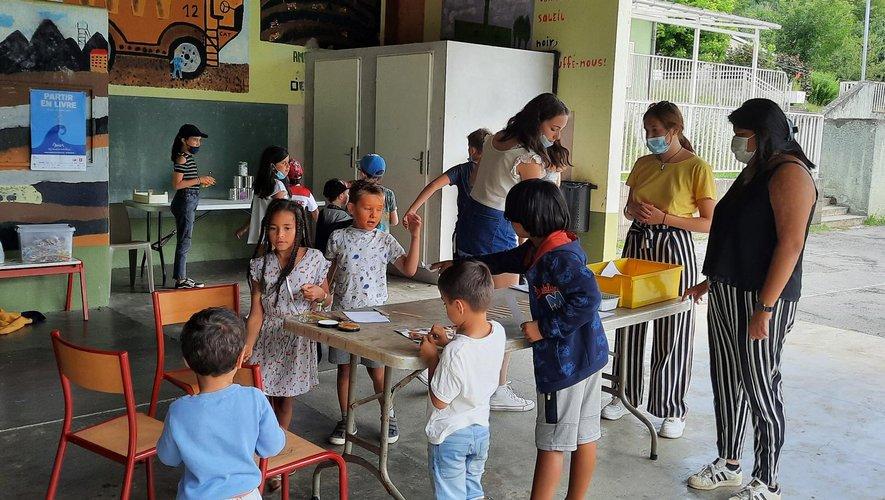 Les enfants passaient d'un stand ludique à un autre.