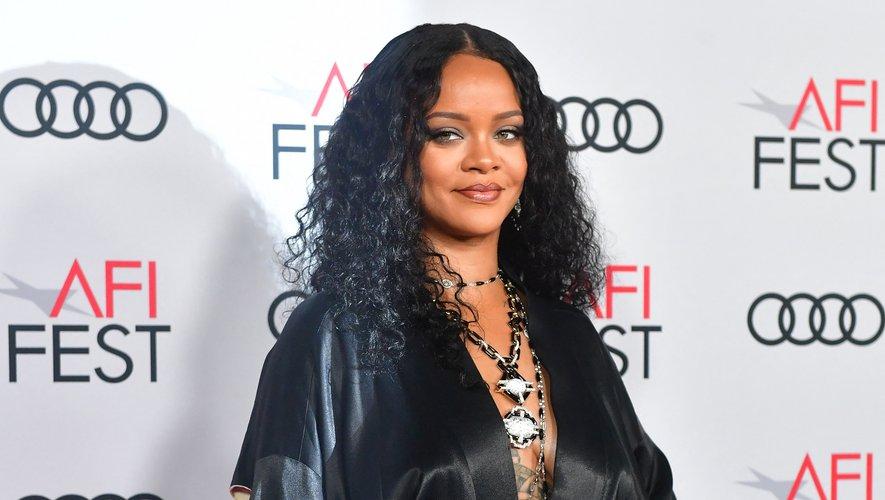 Rihanna, déjà musicienne la plus riche du monde, est désormais milliardaire.