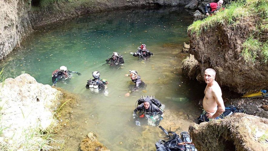 Les plongeurs visitent régulièrement les eaux profondes du département.