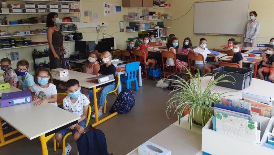 Chaque classe est désormais équipée d'un ordinateur fixe et d'un portable et l'école d'un vidéoprojecteur interactif.