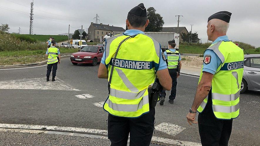 Policiers et gendarmes seront au bord des routes.
