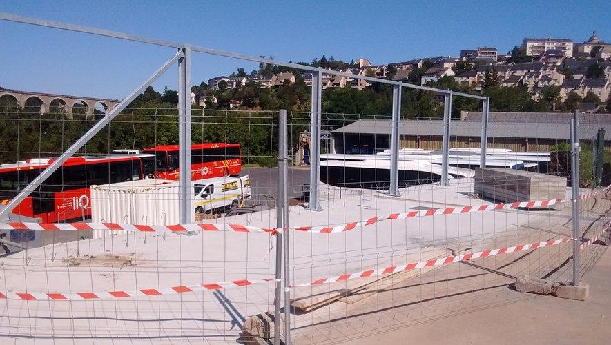 Le chantier est visible depuis l'avenue de Toulouse.