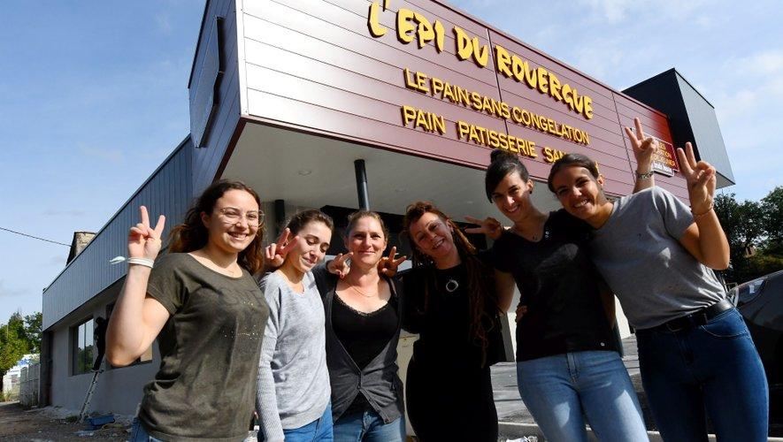Une équipe rayonnante pour l'ouverture d'un septième magasin dans l'agglomération.