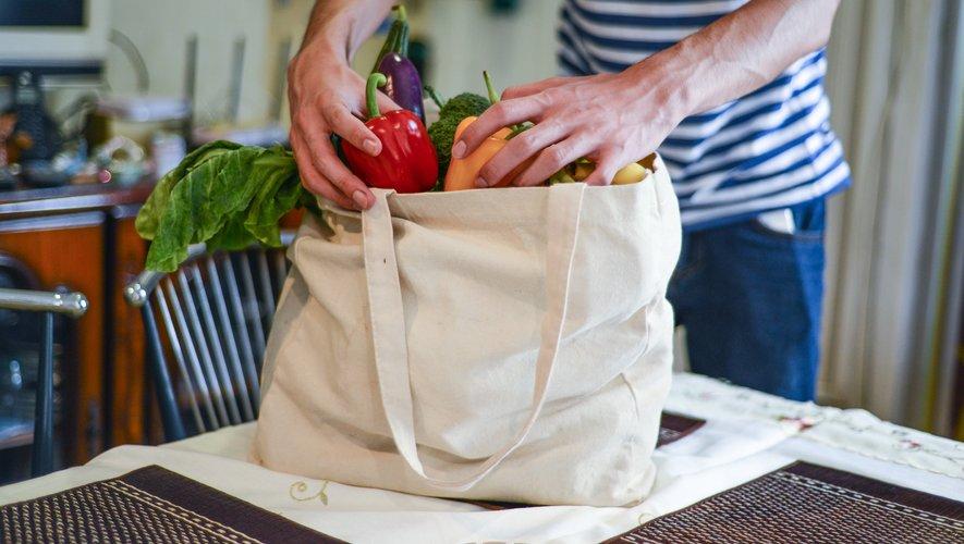 80% des Français utilisent des sacs réutilisables pour faire leurs courses.