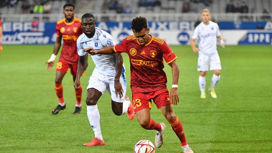 Obiang et les Ruthénois dans le dur à Auxerre ce mardi soir.