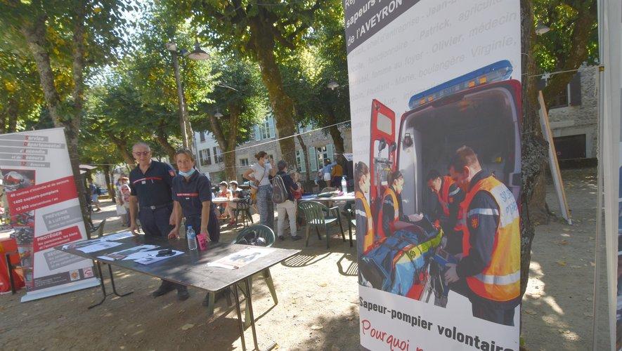 Les sapeurs-pompiers au forum des associations