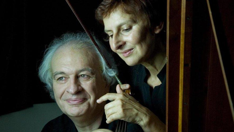 Pierre Bouyer au pianoforte et Nicole Tamestit au violon invitent au voyage musical chez Mozart.