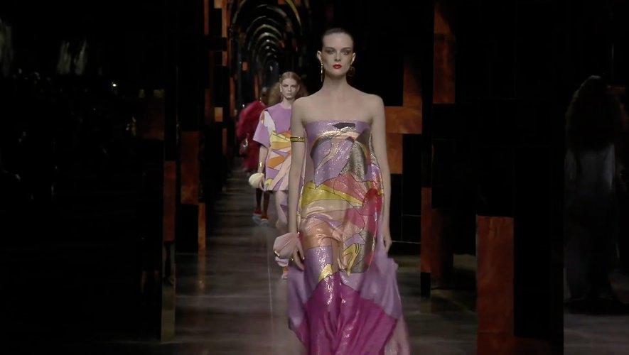 Défilé Fendi Printemps/Eté 2022 : Sobriété et glamour