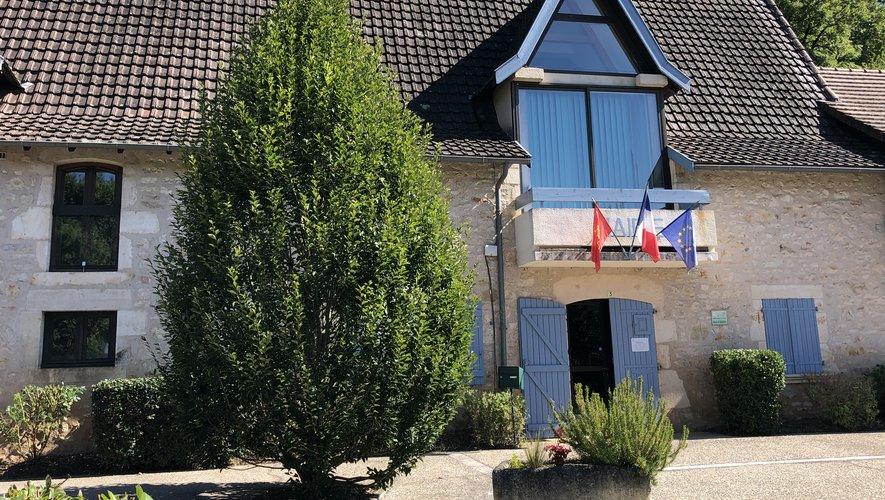 L'ambiance à la mairie de Saint-Rémy ne serait pas si tranquille qu'il y paraît...