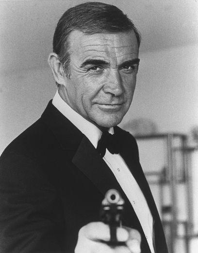 """Décédé l'an dernier, Sean Connery, qui a inauguré le rôle dans """"Dr No"""" et joué dans six des premiers films, reste pour beaucoup le James Bond ultime."""