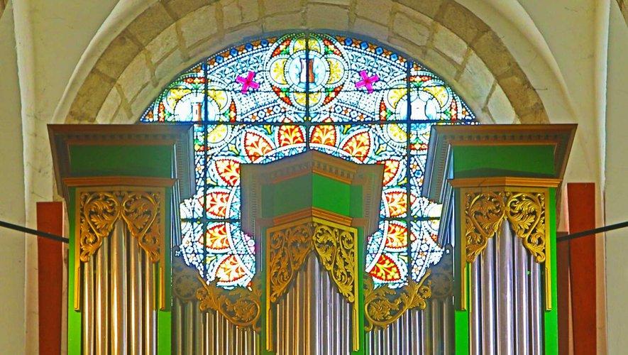 Le splendide orgue d'Entraygues.