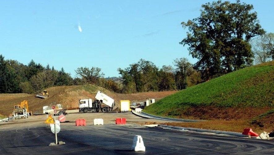 Les usagers seront déviés, dans les deux sens de circulation, entre l'échangeur de Tauriac de Naucelle et le carrefour giratoire de La Mothe, via la RN2088 (ancienne RN88).