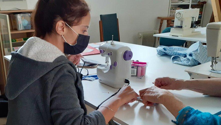 Depuis maintenant deux semaines, un atelier couture est proposé.