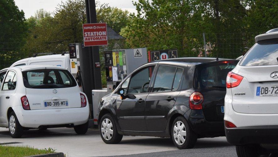 Les prix du gazole en Aveyron comme partout en France s'envolent à la pompe.