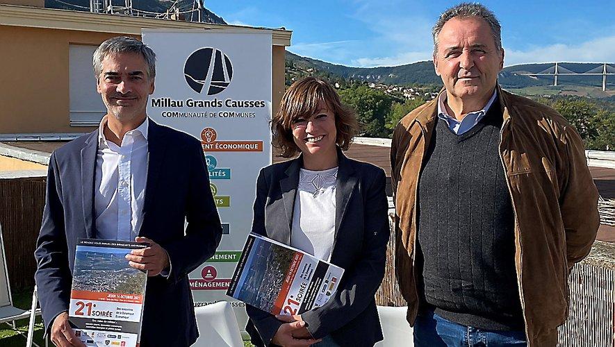 Pierre Censi, Emmanuelle Gazel et Thierry Pérez, ravis que ces rencontres aient enfin lieu à Millau. C. C